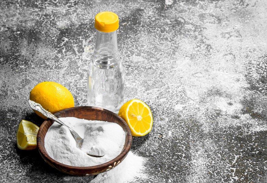 vinegar baking soda