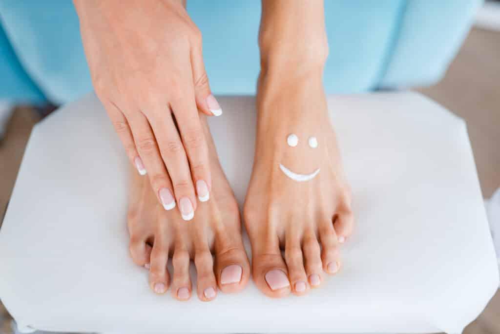 smiling feet